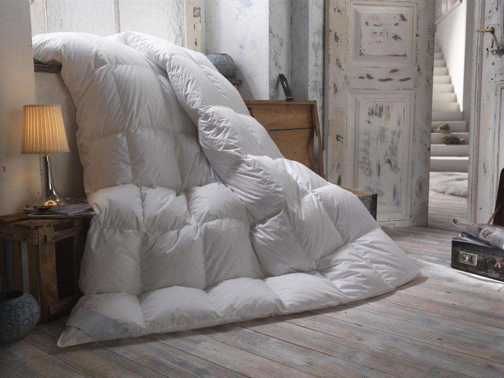 bien choisir sa couette d hiver les informations indispensables. Black Bedroom Furniture Sets. Home Design Ideas